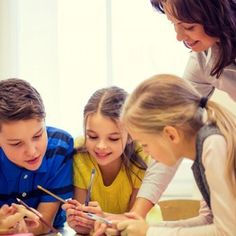 En Guiainfantil te explicamos qué tipos de adjetivos hay y cómo pueden los niños entenderlos a través del juego. Una manera didáctica y divertida de aprender jugando.