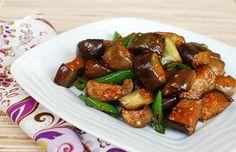 Gaji Bokkeum (Stir-fried Eggplants)