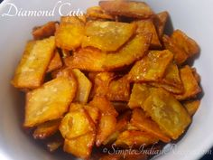 Diamond Cuts is a quick snack that has been made for decades for festivals or as a snack to store. It is a great snack that kids will enjoy after school. Savory Snacks, Quick Snacks, Snack Recipes, Easy Indian Recipes, Ethnic Recipes, Whole Wheat Biscuits, Cardamom Powder, Frying Oil, Chapati