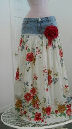 Recycle jeans and make a skirt. Would be great if jeans rip or something. I would so pay someone to make me some skirts like thisItems similar to Belles Roses bohemian jean skirt Renaissance Denim Couture long flowy boho gypsy faerie Made to Order on Etsy Diy Clothing, Sewing Clothes, Diy 70s Clothes, Diy Clothes Makeover, Revamp Clothes, Refashioned Clothes, Diy Clothes Refashion, Modest Clothing, Modest Outfits