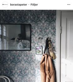 We love this room! has decorate her kitchen with Thistle from our In Bloom collection. Magic💙 Repost from Bloom, Wall Papers, Feng Shui, Kitchen, House Ideas, Walls, Collection, Future, Instagram