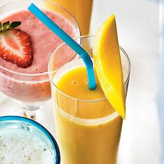 Peach-Mango Smoothie by Cooking Light. Peach-Mango Smoothie by Cooking Light. Breakfast Smoothie Recipes, Smoothie Drinks, Healthy Smoothies, Healthy Drinks, Healthy Snacks, Snack Recipes, Cooking Recipes, Banana Breakfast, Free Breakfast