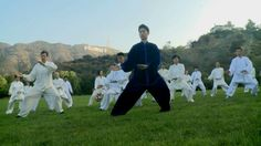 2015 Guinness world record project at Lake Hollywood park. Record for largest martial arts display.  #chentaichi#cbtausa#taijiquan#chenjiagou#chenvillage#boscobaek#chenbingtaijiacademyusa#losangelestaichi#太极拳#陈氏太极#陈家沟#美国陈炳太极院#陈炳#白承哲 // -TW Tai Chi, Kung Fu, Chen, Martial Arts, Dolores Park, Abs, Photo And Video, Travel, Voyage