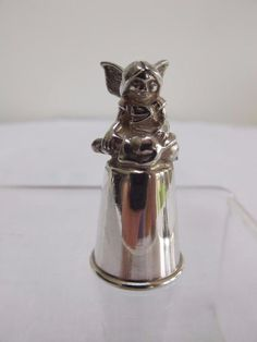 VINTAGE 1990's H/M STERLING SILVER THIMBLE - SEATED FAIRY