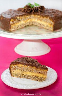 Daimtårta, Daim cake, torcik z Daim, szwedzki torcik Daim, torcik ikea, ikea, daim tarta z ikea, szwedzka tarta daim, torcik bezglutenowy z czekoladą, bezglutenowy tort, daim, batoniki daim, daim chocolate, daim bar,