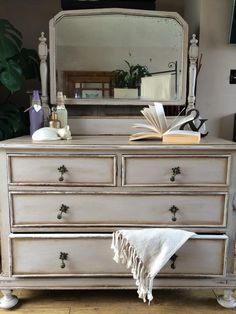 Old white with french linen and coco and finished in dark wax