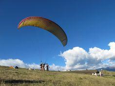 Parapente Cursos Baños Ecuador  El éxito consiste en confiar en ti, en no depender de nadie, y en tener en mente que no hay nada imposible aprende a volar solo por los aires en parapente en nuestra, nada es imposible.