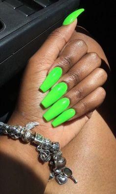 Neon nails, neon green nails, bright nails, my nails, how to do Lime Green Nails, Dark Green Nails, Neon Acrylic Nails, Neon Nails, Coffin Nails, Stiletto Nails, Matte Nails, Neon Nail Designs, Fire Nails