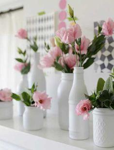 Sugestões: http://enfimnoivei.com/garrafas-decoradas-de-casamento/ #decoração #casamento #enfimnoivei