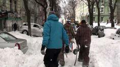 Snowboarding in the city, 24.03.2013 Kiev / Сноубординг Андреевский спус...