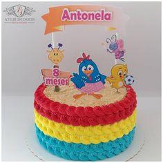 Galinha Pintadinha para os 8 meses da Antonela!  Obrigada @jupantaleao pa confiança sempre!  Topper Cake @celebre_atelie_de_festas #galinhapintadinha#bologalinhapintadinha #instacakes#instalove #bolosdecorados#aniversário #vigorbrasil#flowercakebrasil #confeitaria#wiltoncakes #bolosartísticos#arte #cakedecorating#bolodelicado #cakelovers #gourmet #vintageofficial#cakestagram #desserts#candymelts #delicious#feitocomamor #amorpeloquefaz #ateliededocespaulasuzane Torta Blaze, 1st Birthday Parties, 2nd Birthday, Pastel Rectangular, Boss Baby, Paper Cake, Cake Smash, Cake Toppers, Party Time