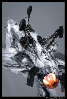 F16 (2016) - www.ismaeljorda.com