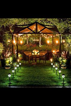Back yard, great for romantic dates (;