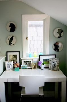 paint color: dunn edwards olive tone, Q11-57T. my kitchen WILL be this color
