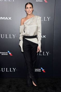 Allison Williams wore a #MONSE Fall 2016 deconstructed jumpsuit to the #Sully NYC premiere. The Fashion Court (@TheFashionCourt) | Twitter