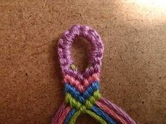 All those years making bracelets, this would have been helpful.  Need to remember this when I start teaching the girls.