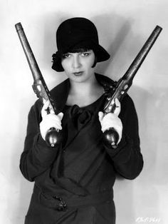 Louise Brooks - Pistolas