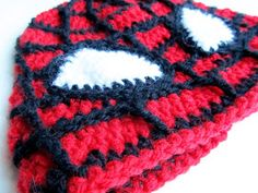 Little Things Blogged: Crochet Spiderman Hat - I already have a hat but my boy doesn't like the eyes. Maybe these eyes will work better for him?? ~K~