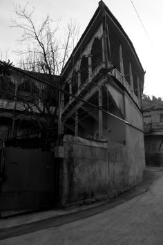 Black-white light - by Tea Davis - Old Tbilisi