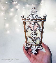 Mary Stained Glass Gingerbread | VK
