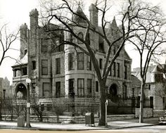The Villa Turicum Blog: The Last Days of 1000 Lake Shore Drive, 1952.
