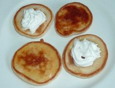It is very easy to make and everyone will love it. It will be an instant hit with young and old. It tastes best when it is served with marmite or golden sy… American Pancakes, South African Recipes, Mille Crepe, Marmite, Other Recipes, Crepes, Gluten Free Recipes, Ham, Dutch