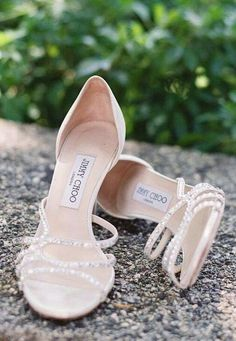 Wedding shoes idea photo Lane Dittoe / http://www.himisspuff.com/pretty-wedding-shoes/10/ #weddingshoes