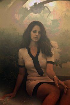 black and white, lana del rey, lanadelrey, model, singer Lana Del Rey Ultraviolence, Elizabeth Woolridge Grant, Indie, Grunge, Summertime Sadness, Laksa, Pretty People, Retro, My Idol