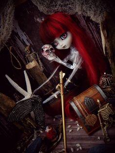 Sanguine | Flickr - Photo Sharing! Night Show, Creepy Dolls, Make Art, Big Eyes, Macabre, Art Dolls, Halloween Face Makeup, Wonder Woman, Darkness