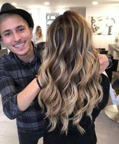 Just hair everyday🤪 Rate this style from to - Fall Hair Colors Hairdo For Long Hair, Long Hair Cuts, Long Hair Styles, Balayage Blond, Hair Color Balayage, Dark Hair Makeup, Underlights Hair, Dark Hair With Highlights, Green Hair