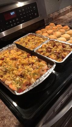 """LOL Since I had over 20 messages asking me for the recipe here it is My """"Seafood Loaded Potato Pan"""": Ingredients: 3 lb peeled shrimp 3 lb smoked sausage (I used HOT) 3 lb small red. Seafood Dishes, Seafood Recipes, Dinner Recipes, Cooking Recipes, Seafood Appetizers, Cajun Seafood Boil, Seafood Linguine, Seafood Mac And Cheese, Crawfish Recipes"""