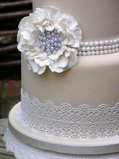 Lace Wedding Cake Ideas In 2020 Sugar Lace Wedding Cake Lynette Horner Purple Wedding Cakes, Wedding Cake Rustic, Wedding Cakes With Flowers, Cool Wedding Cakes, Wedding Cake Designs, Lace Wedding, Flower Cakes, Elegant Wedding, Wedding Cake Flavors