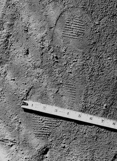 The Zodiac Killer Crime Scene Photos | Investigating Crimes - Size 10 Wing Walker foot print of the Zodiac at Lake Berryessa, September 27, 1969