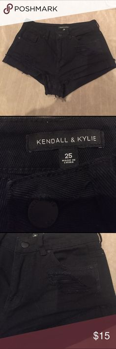 Kendall & Kylie Shorts Bought from a posher but they were too big (I'm super tiny), new Kendall & Kylie pre ripped shorts, SUPER CUTE!, size 25 Kendall & Kylie Shorts Jean Shorts