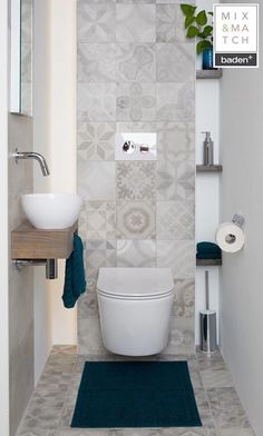Bad Beautiful tiles for the bathroom and the toilet room! Small Downstairs Toilet, Small Toilet Room, Guest Toilet, Downstairs Bathroom, Bathroom Design Small, Bathroom Layout, Bathroom Interior Design, Bathroom Designs, Toilet Room Decor