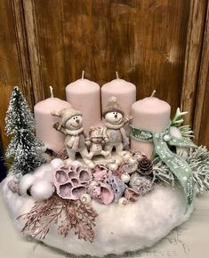 Christmas Candle Holders, Christmas Candles, Pink Christmas, Diy Christmas Gifts, Christmas Wreaths, Christmas Ornaments, Shabby Chic Christmas Decorations, Xmas Decorations, Christmas Arrangements