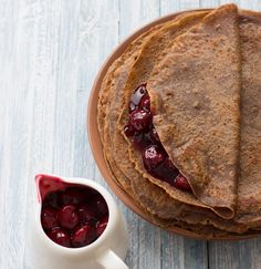 Cocoa Buckwheat Crepes recipe: Gluten free dessert crepes, very nice. Dessert Sans Gluten, Gluten Free Desserts, Healthy Desserts, Healthy Eats, Buckwheat Pancakes, Pancakes And Waffles, Protein Pancakes, Breakfast Recipes, Dessert Recipes