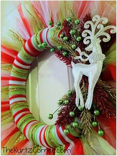 Craft-O-Maniac: Saturday Spotlight Talent Show- *Christmas Wreaths* winter-christmas Wreath Crafts, Christmas Projects, Holiday Crafts, Holiday Fun, Wreath Ideas, Tulle Crafts, Festive, Winter Christmas, All Things Christmas