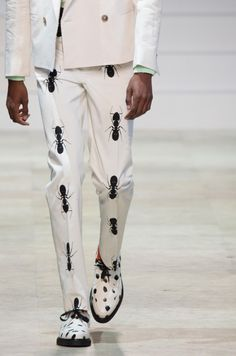 Mens fashion / men / male / ants / fashion runway / outfit inspiration