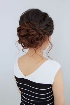 These Gorgeous Updo Hairstyle That You'll Love To Try! Whether a classic chignon, textured updo or a chic wedding updo with a beautiful details. These wedding updos are perfect for any bride looking for a unique wedding hairstyles… Loose Braids, Loose Updo, Updos With Braids, Soft Updo, Side Braids, Braids Cornrows, Fancy Hairstyles, Hairstyle Ideas, Hairstyle Wedding