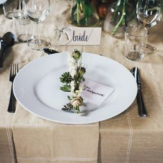Finding the right decor for a winter wedding is stressful. How do you keep it elegant without a Frosty the Snowman vibe? Here, 8 winter wedding trends, from the ceremony aisle to the escort cards, that will have you swooning. Brunch Wedding, Wedding Table, Rustic Wedding, Wedding Ceremony, Wedding Favors, Diy Wedding, Wedding Venues, Woodland Wedding, Decor Wedding