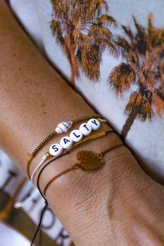 Stay Salty! Wer braucht ein bisschen Urlaubsfeeling am Arm? Natürlich kann ich auch individuell Bänder auf Anfrage anfertigen. Also werdet selbst kreativ. Ich freue mich auf Eure Ideen. Natürlich habe ich auch viele andere Farben für Euch. Falls Ihr wünsche und Vorstellung von Eurem perfekten Armband habt, lasst es mich wissen. Die Bänder könnt Ihr mit dem Schiebeknoten perfekt an Euer Handgelenk anpassen. #handmadejewelry #handmadewithlove #supportsmallbusinesses #selbstkreativsein With Love, Cuff Bracelets, Instagram, Jewelry, Fashion, Knowledge, Creative Gifts, Fiction, Wristlets