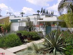 Streamline Moderne 1936 West Hollywood home
