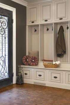 mudroom...I would love this. I love for everything to have it's own little home