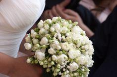 Bouquet romantico con rose polianta