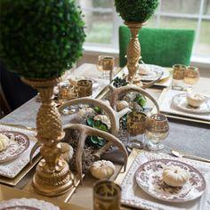 BAUR & Me    Neun einfache Tipps für eine tolle Tischdeko zum Advent und für Weihnachten -  Ob in Gold, Silber oder Weiß: In der Adventszeit möchte man seinen Tisch zur Tafel machen – mit diesen Ideen von Christina Harmsen ist Festlichkeit garantiert... mehr dazu auf unserem Blog ♥