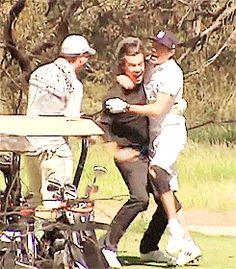 Niall & Harry golfing? (GIF)