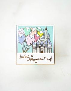 Disney inspired enamel pin showing a magical day on Main Street USA in Disney World! This polaroid captures the joy of seeing Cinderella's Castle and the Mickey Balloons, all that's missing is you! Disney Pins Sets, Disney Trading Pins, Cute Disney, Disney Style, Disney Princess Tattoo, Punk Princess, Disney World Games, Disney Doodles, Disney Pin Collections