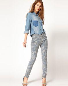 Current/Elliott - High Waist Floral Skinny Jeans #15Things #fashion #style #trending #rodeodrive #CurrentElliott