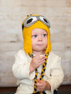 Discoveries of a Champion Etsy Shopper: Despicable Me Knit Hat